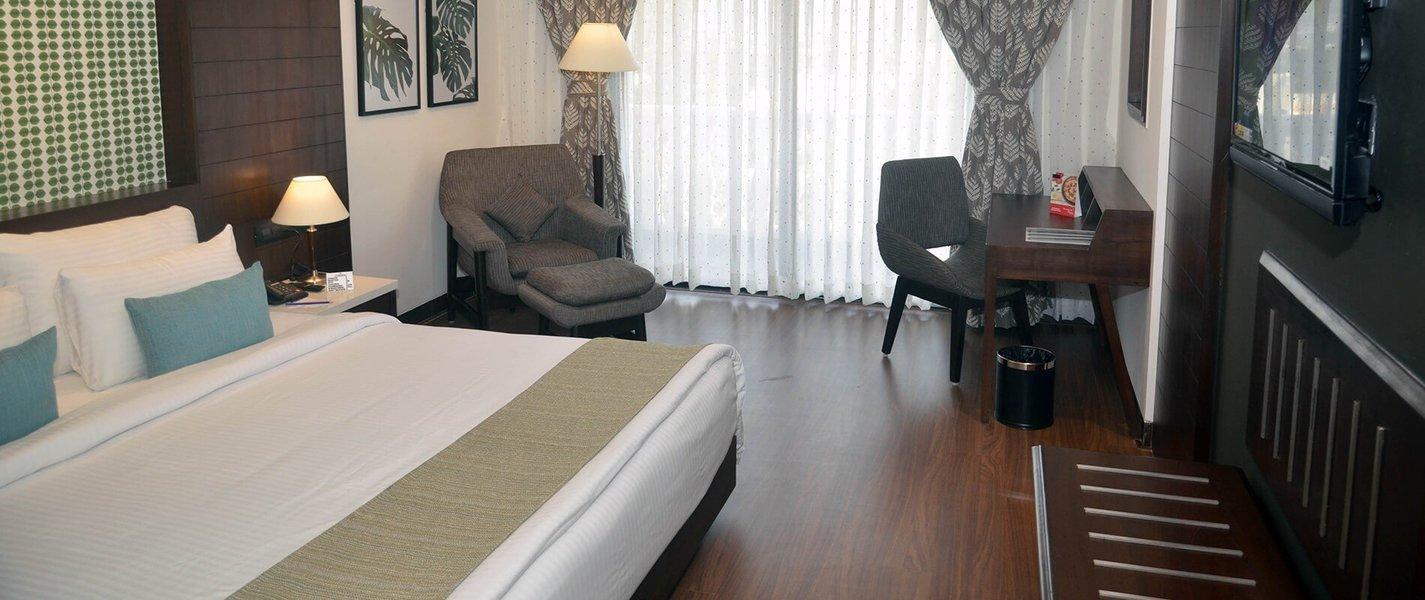 Lagoona Resort lonavala - Tour