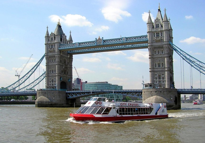 24 Hour River Red Rover - Hop on Hop off Sightseeing - Tour