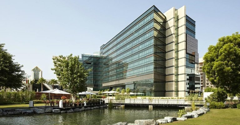 Jumeirah Creekside Hotel 5 * - Tour
