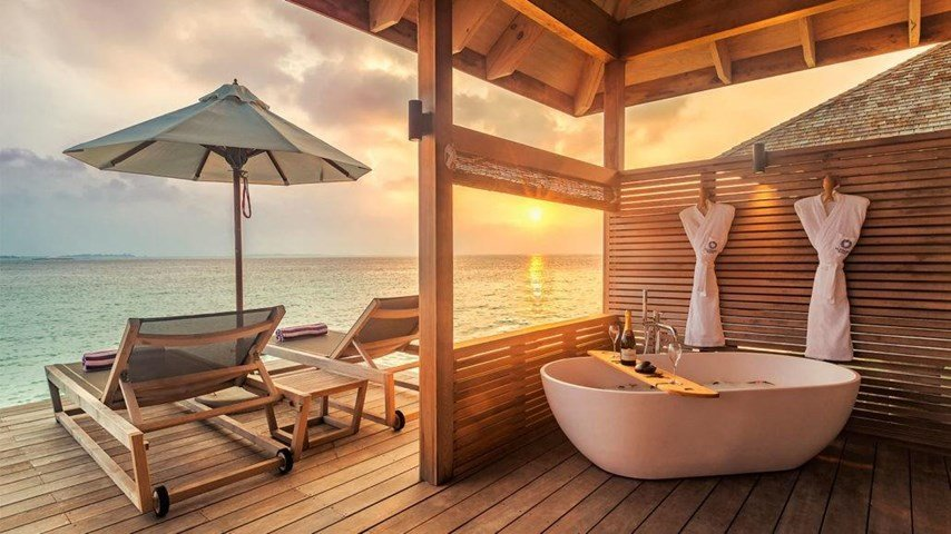 Hurawalhi Island Resort Maldives 5* - Tour