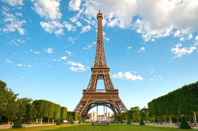 Romantic Paris Day Trip with Louvre & Lunch on the Eiffel Tower - Tour