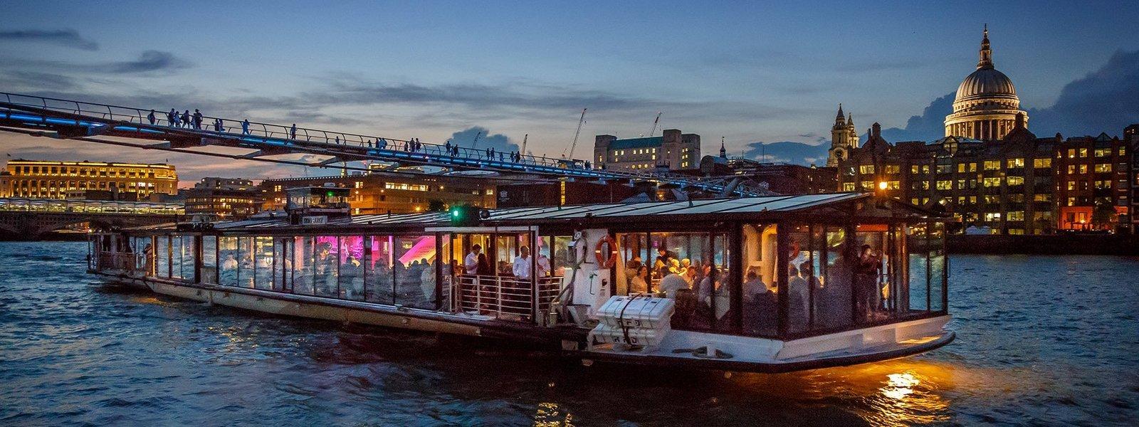 Bateaux London Classic Dinner Cruise - Tour