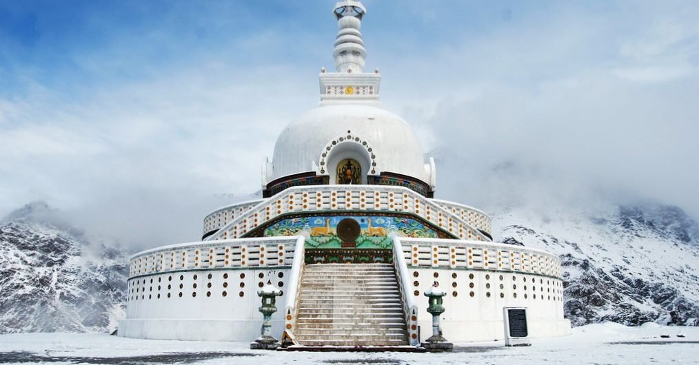 EXPLORE LADAKH - Tour