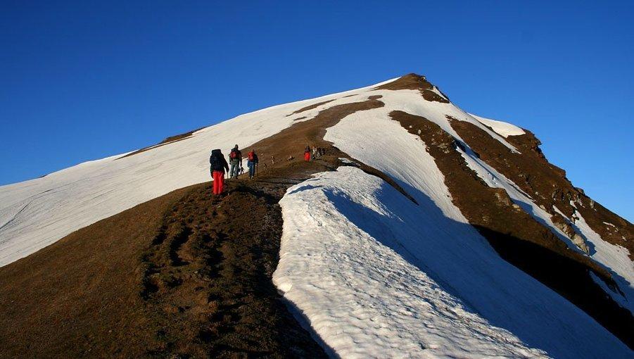 Sar Pass Trek - Tour