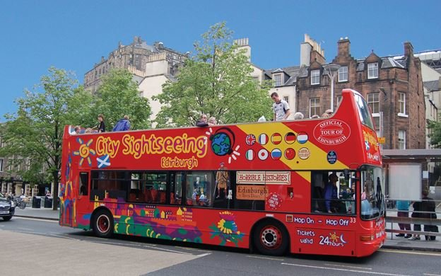 Edinburgh City Hop on Hop off tour - Tour