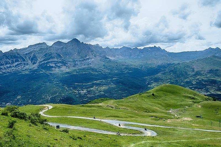 Himalayan Adventure Alpes - Tour