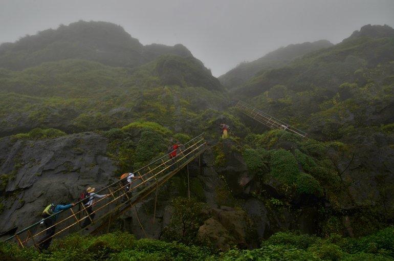 Ratangad Monsoon Trek - Tour