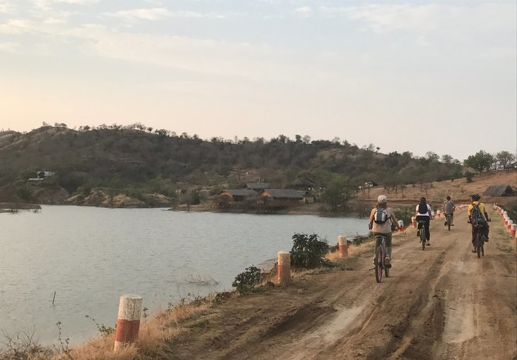 Community days in Myaing - Tour