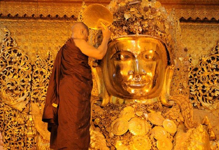 Experience a Spiritual Morning in Mandalay - Tour