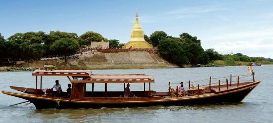 Mandalay to Bagan – the scenic way by bus and private boat - Tour