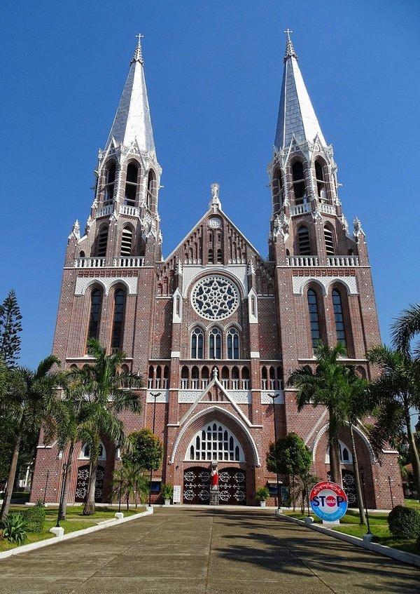 Multiculturalism in Yangon - Tour