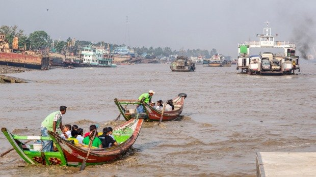 Yangon's hidden neighborhoods - Tour