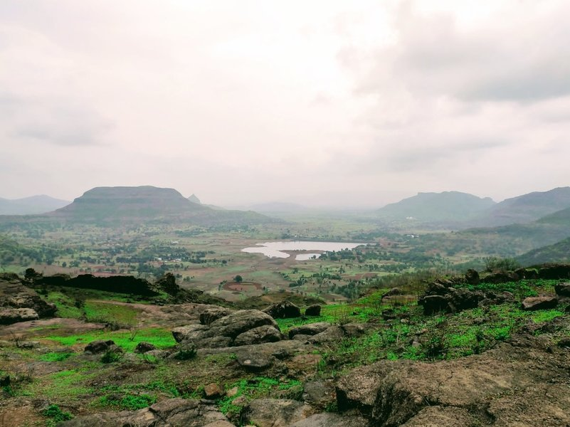 Tringalwadi Fort Trek | Monsoon Trek to Tringalwadi - Tour