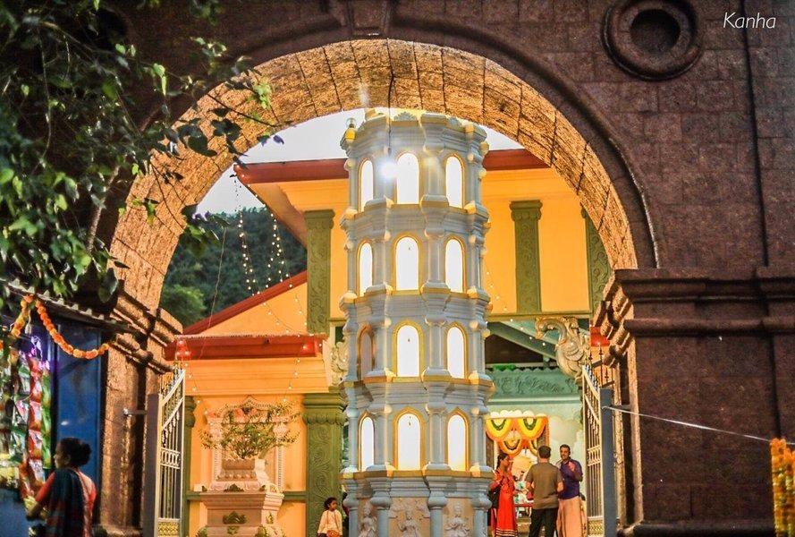 Hidden Gems Of Veling and Bandora - Tour