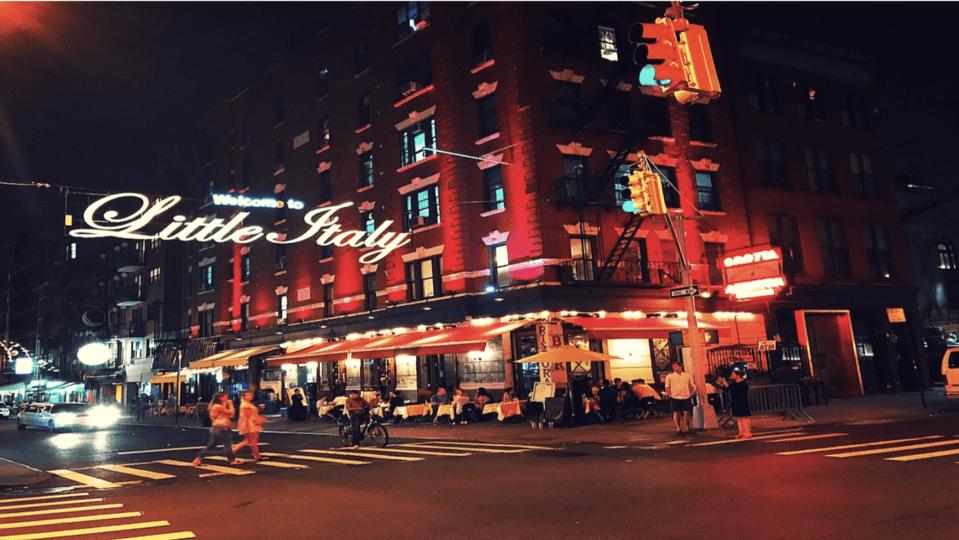 Retired NYPD Mafia Crime and Food Walk - Tour
