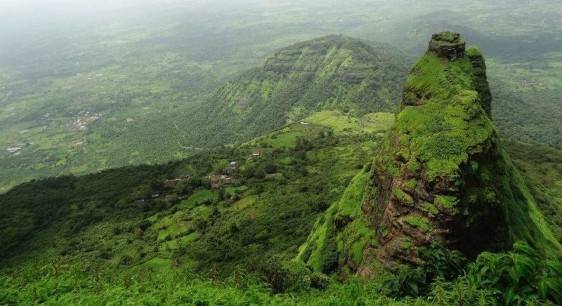 Trek to Kalavantin Durg - Tour