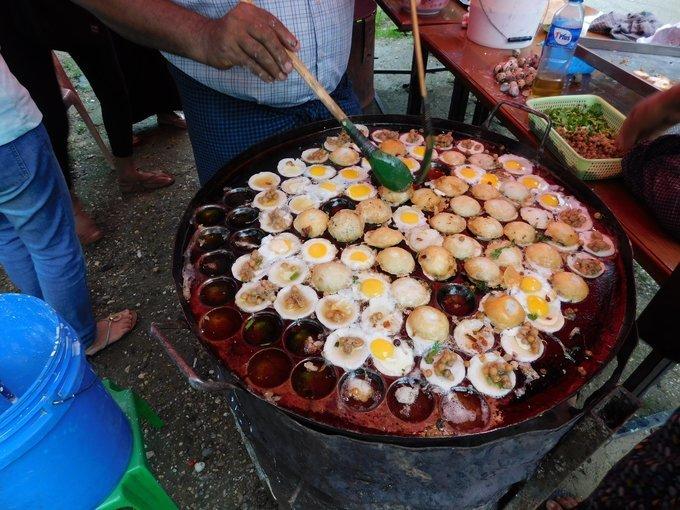 Exquisite Walks and Bites in Yangon - Tour