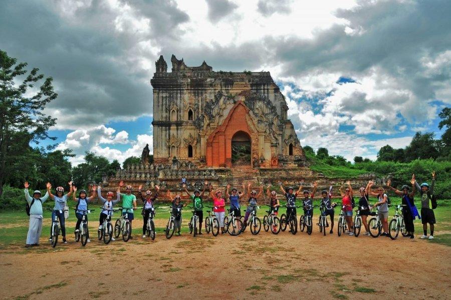 Fun Biking & Sightseeing around Myanmar - Tour