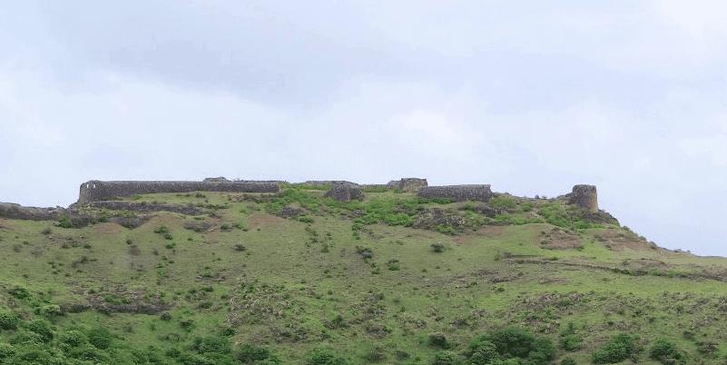 Malhargad & Daulatmangal (Bhuleshwar) - Tour