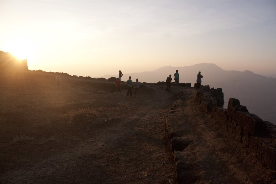 Trek to Fort Torna - Tour