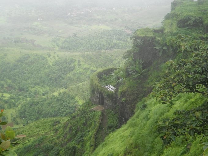 Trek to Fort Rohida - Tour