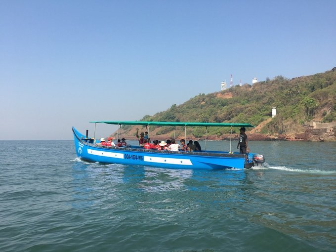 Dolphin Trip in Goa - Tour