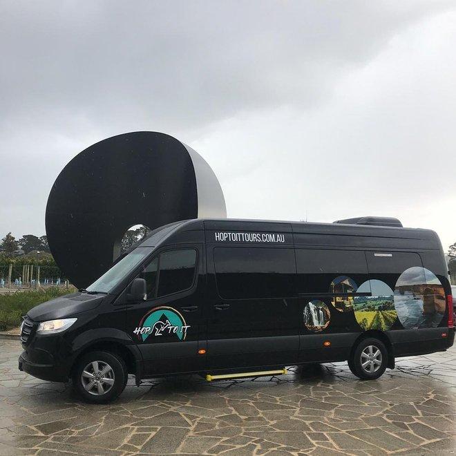 Hop_To_It_Tours_Mercedes_Bus.jpg - description