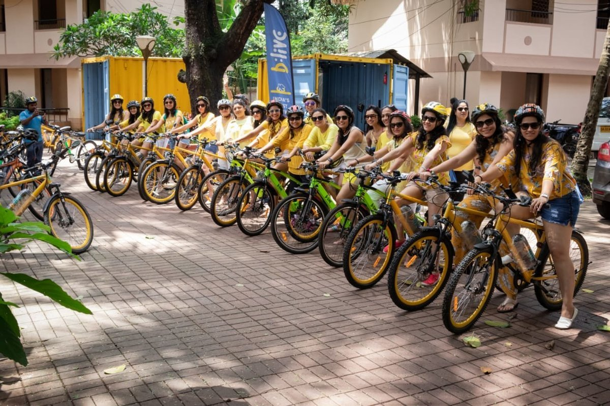 Customized E-Bike Group Tour