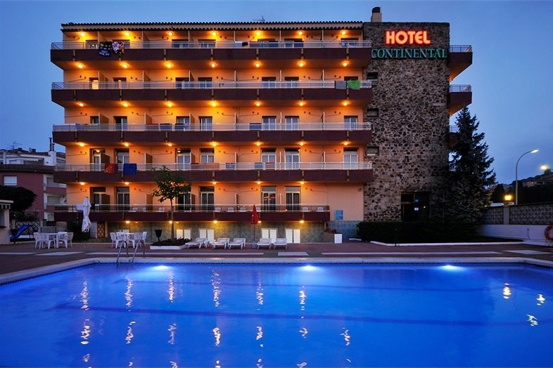 Hotel Continental *** - Tour