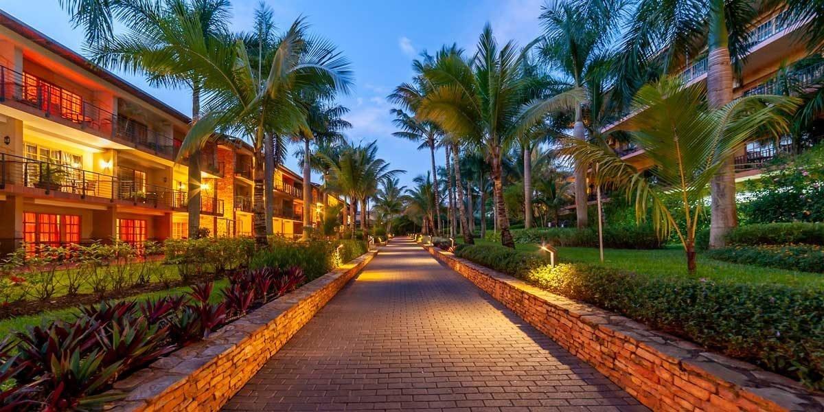 Speke Resort Munyonyo - Tour