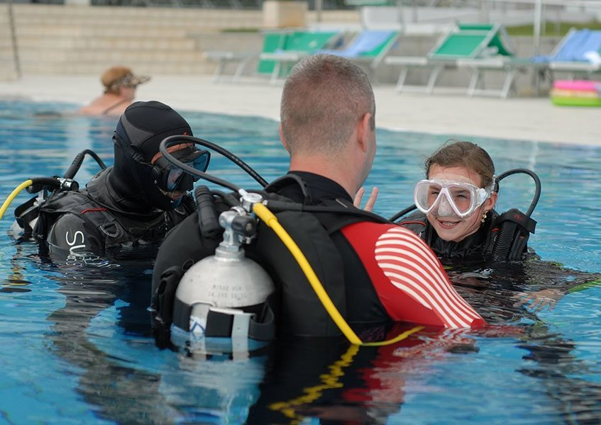 Scuba Diving (Level 1) - #almostfree - Tour