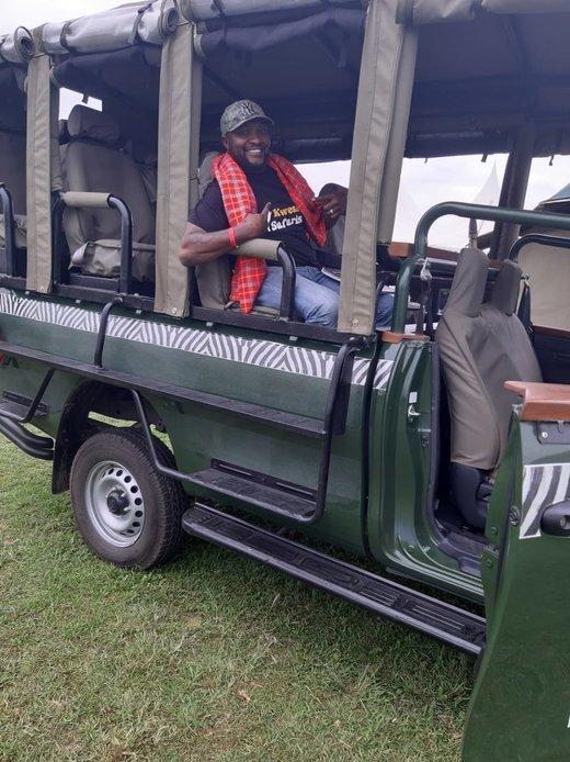 Land Cruiser (Kenya) - Tour