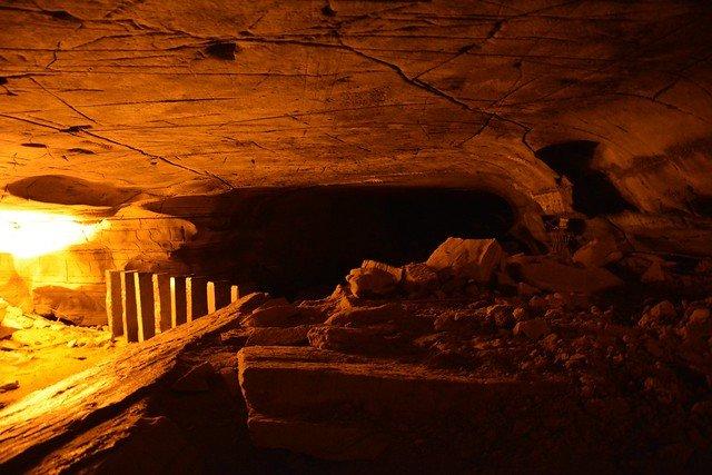 Backpacking trip to Gandikota & Belum cave - Tour
