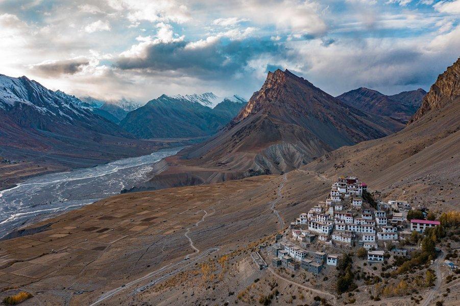 Spiti Valley Road Trip : Tempo Traveler - Tour