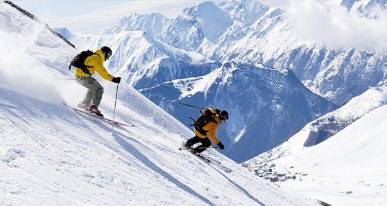Auli Skiing Trip - Tour