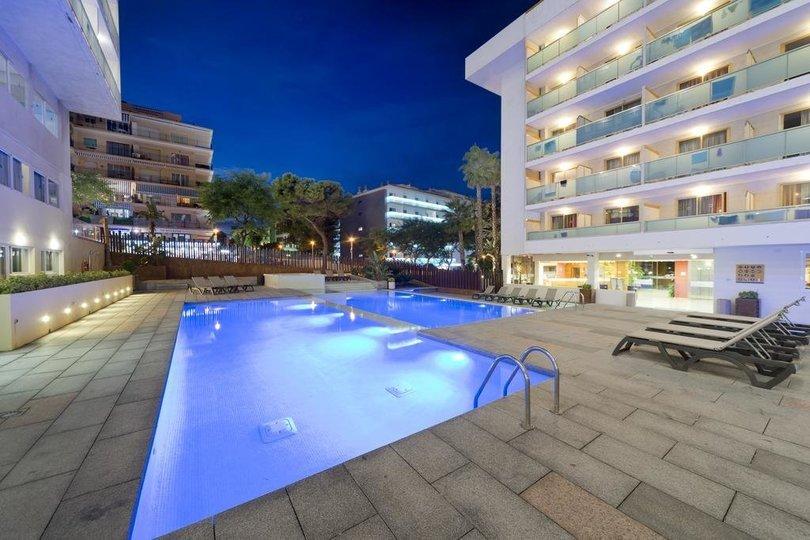 Hotel 4R SALOU PARK RESORT II *** - Tour
