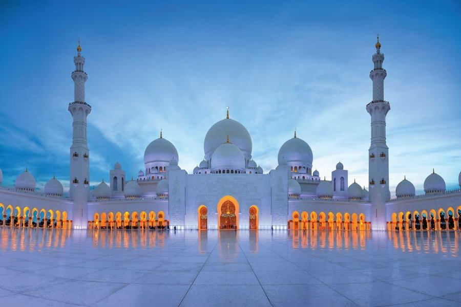 Abu Dhabi Sheikh Zayed Grand Mosque, Qasr Al Watan, and Etihad Towers Day Tour - Tour