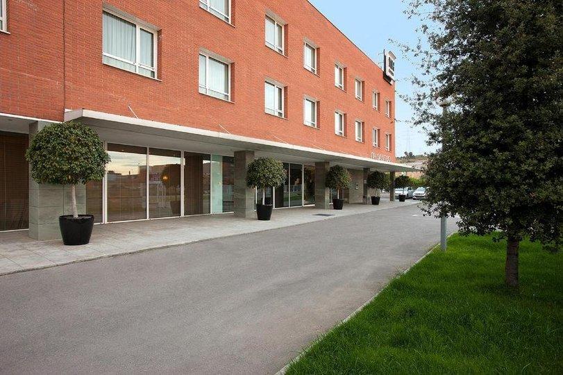 Hotel NH San BOI *** - Tour