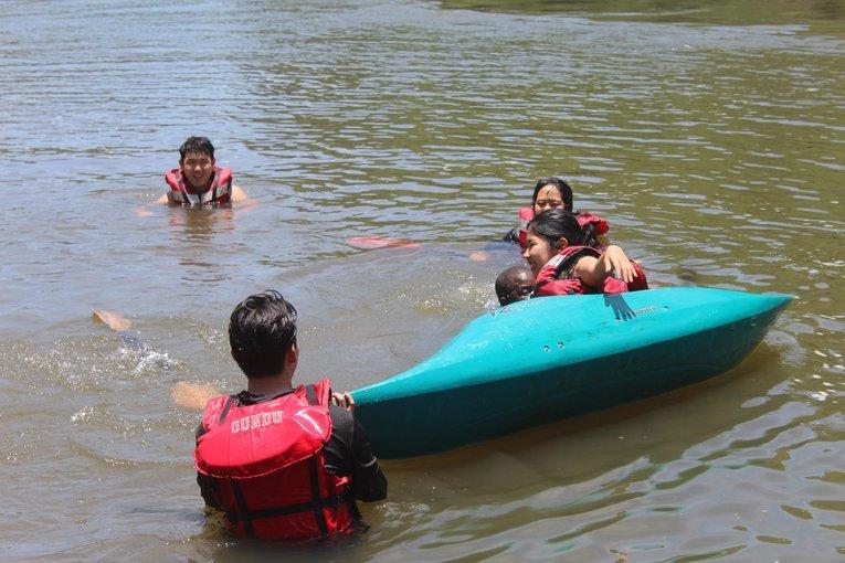 Kayaking School - Tour