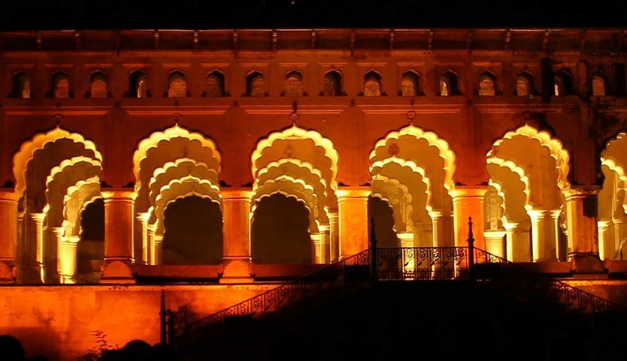 Light and Sound Show at Orchha Fort - Tour