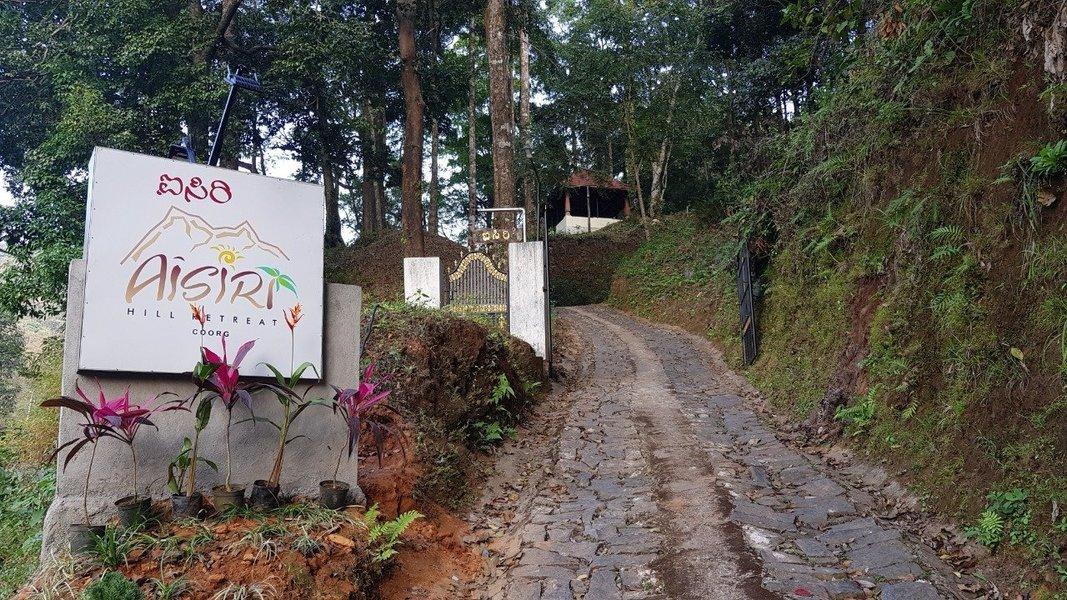 Aisiri Hill Retreat - Tour
