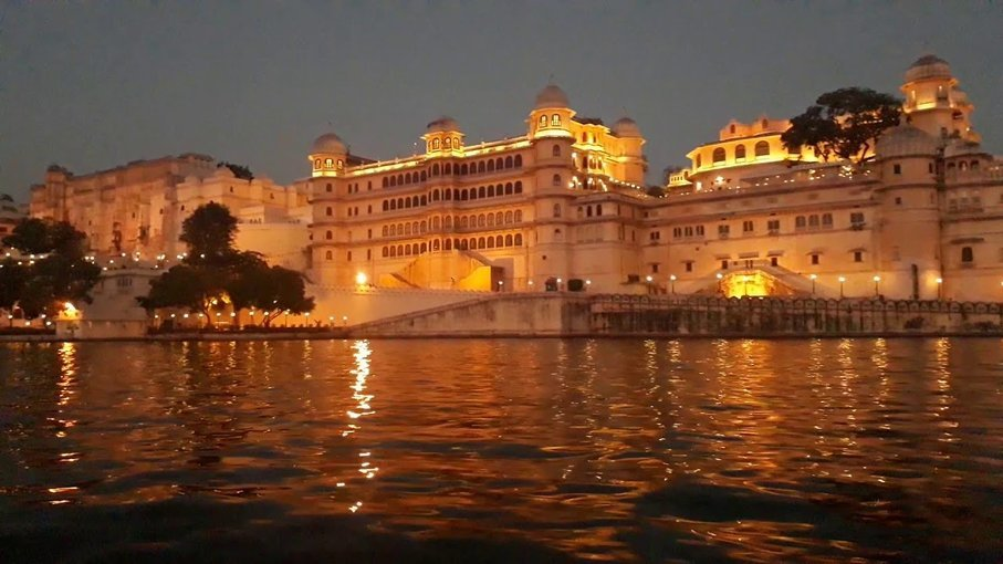 City Palace Museum Sound and Light Show in Udaipur - Tour