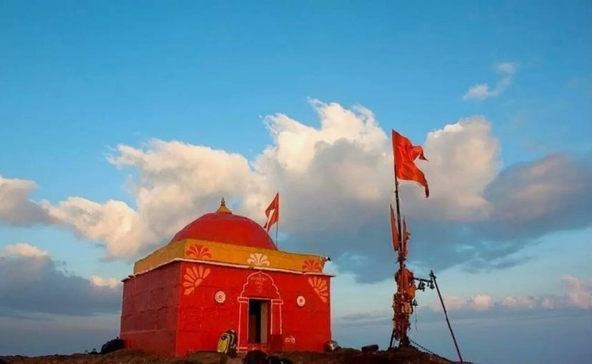 Kalsubai Monsoon trek | Kalsubai Trek from Mumbai & Pune - Tour