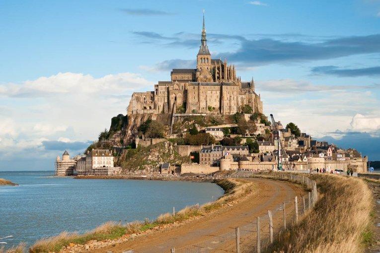Mont Saint Michel with Minivan Exclusive - Tour