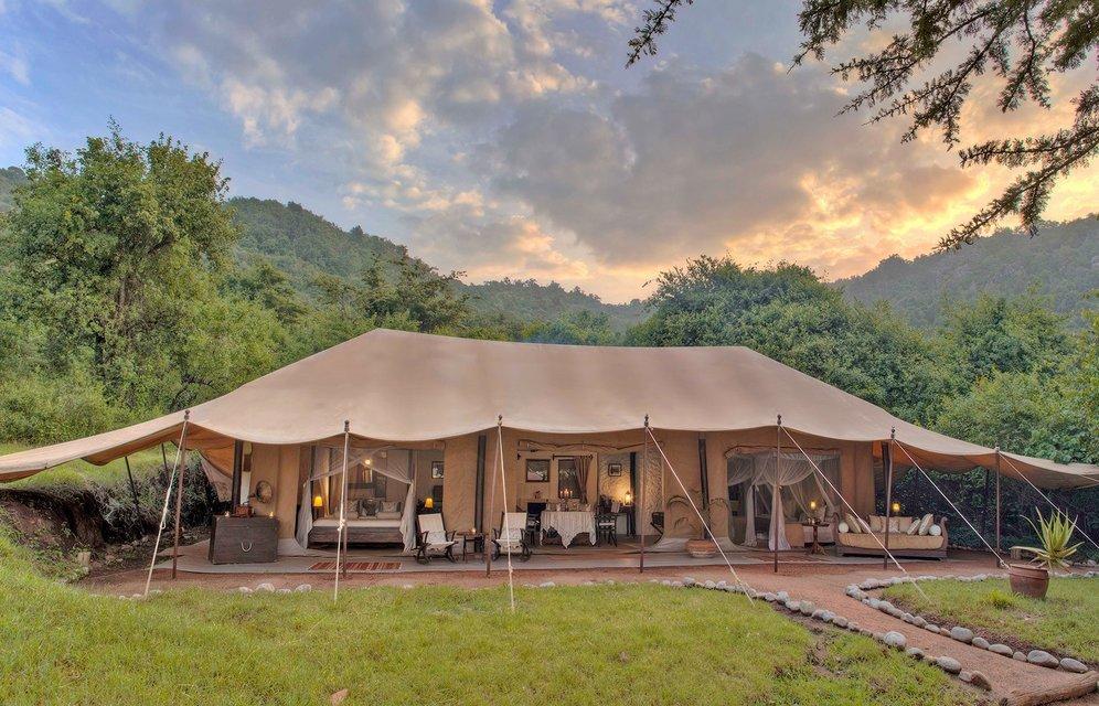 Cottar's 1920s Safari Camp & Bush Villa - Tour