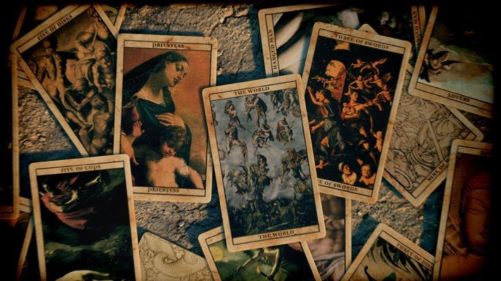 Tarot Reading - Tour